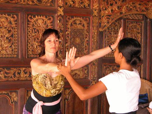 Lessons Balinese Gamelan Dance Mekar Bhuana
